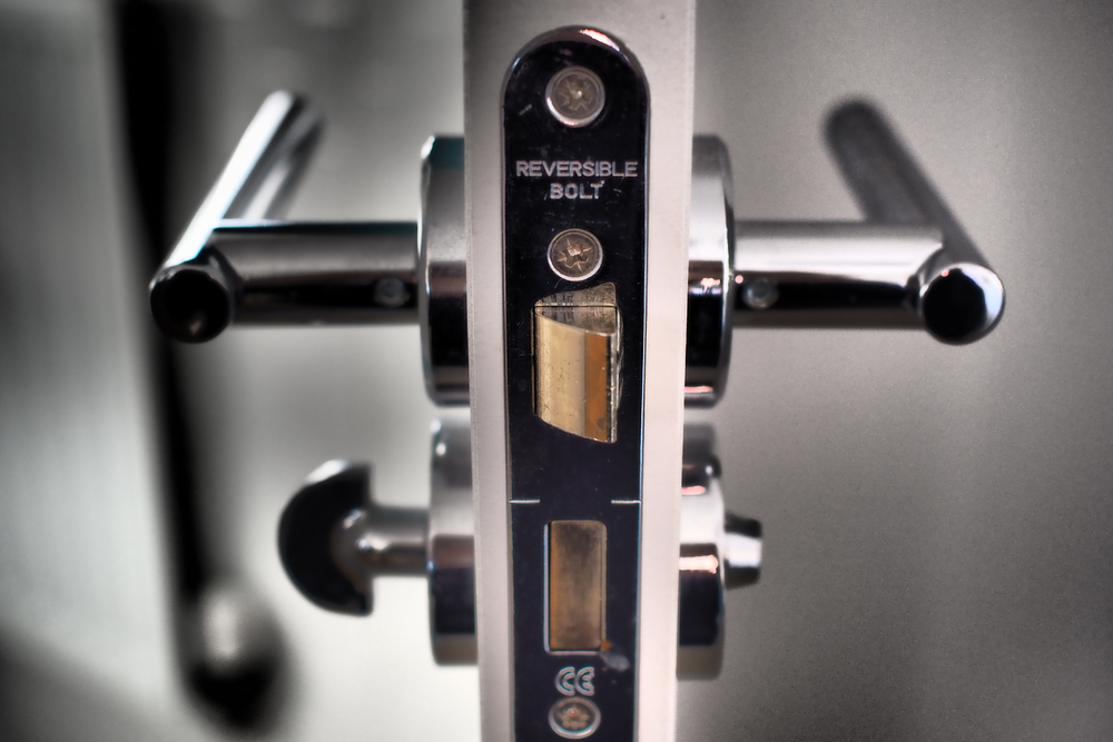 How to Know When to Use Multi-point Locks